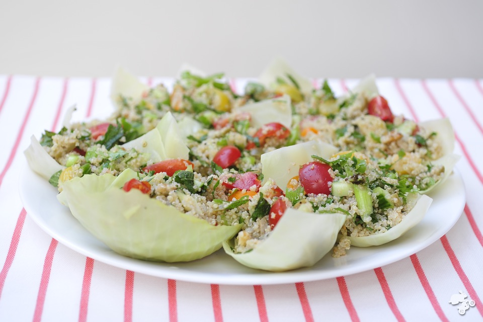 witte koolbakjes, quinoa, tomaat, komkommer, munt bosui