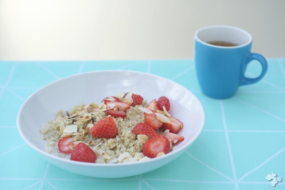 powerfood ontbijt quinoa aardbeien Keet Smakelijk