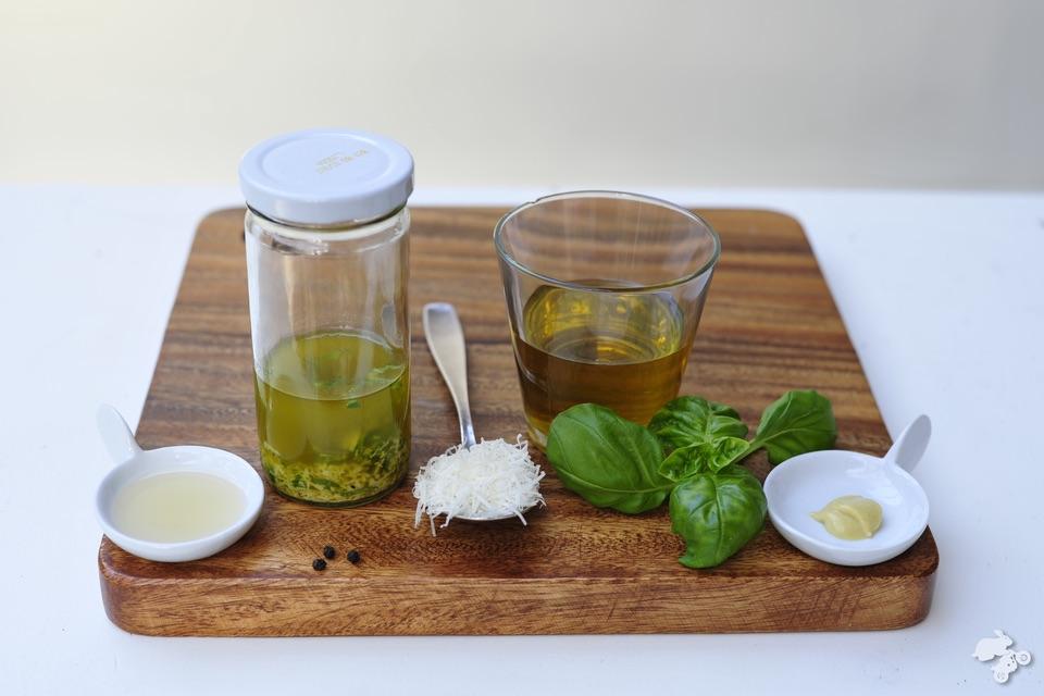 Italiaanse sladressing homemade dressing zelf sladressing maken Keet Smakelijk