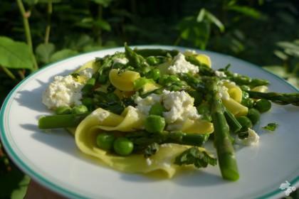 pasta met asperges en doperwten