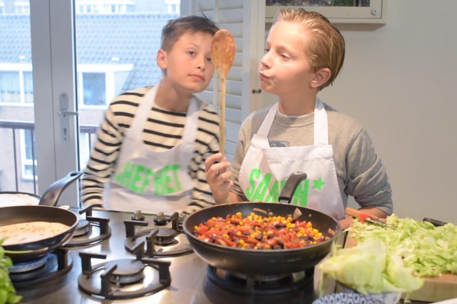kinderen koken